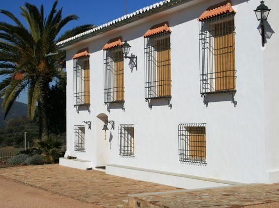 """Facilities at """"Los Claros"""". Fachade"""