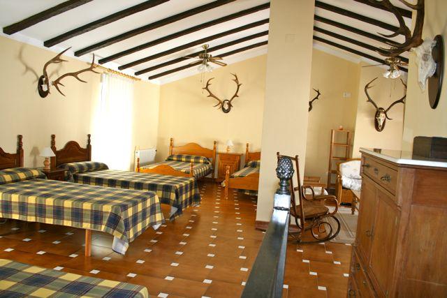 """Facilities at """"Los Claros"""". Groups bedroom Casa Francisquillo"""