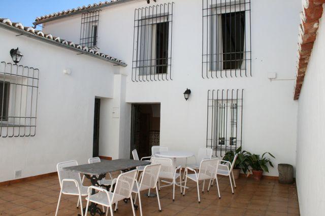"""Facilities at """"Los Claros"""". Patio Casa Francisquillo"""